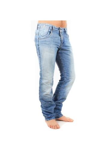Il y a des jeans Kaporal pas cher à saisir chez Génération Jeans